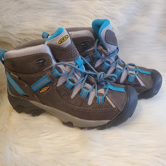 Womans keen TARGHEE hiking boots